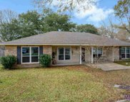 6311 Narcissus Dr, Greenwell Springs image