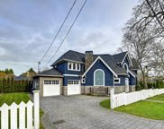 1820 Beach  Dr, Oak Bay image