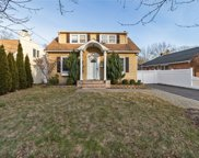 155 Summers  Street, Oyster Bay image