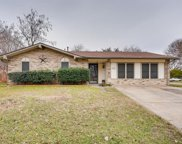 2013 Meandering Drive, Irving image