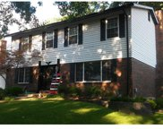 5526 Windford, St Louis image