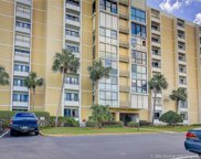 855 Bayway Boulevard Unit 402, Clearwater image