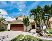 721 Tanglewood Cir, Weston image