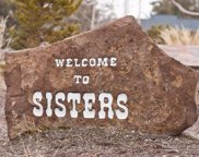 1140 East Timber Pine, Sisters image