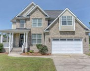 404 Meadowland Circle, Maple Hill image