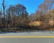 Route 207 Beattie Rd, New Windsor image
