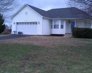 572 White Oak Trl, Spring Hill image