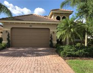 10406 Smokehouse Bay Dr, Naples image