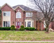830 Lake Forest Pkwy, Louisville image
