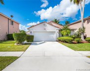 316 Sw 194th Ave, Pembroke Pines image