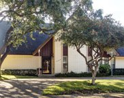 6244 Glennox Lane, Dallas image