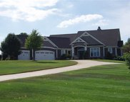 11339 Fishers Pond, Middlebury image