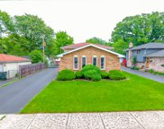 16007 Forest Avenue, Oak Forest image