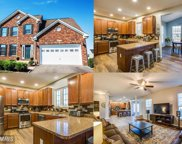 11416 IANTHAS WAY, King George image