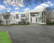 30 Pleasant  Lane, Oyster Bay Cove image