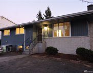 923 SW 124th St, Seattle image
