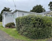 1905 51st St Nw, Lincoln City image