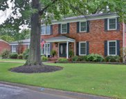 8616 Nottingham Pkwy, Louisville image