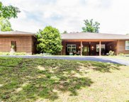 641 Twisted Oaks, Camdenton image