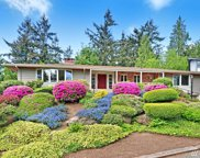19205 46th Ave NE, Lake Forest Park image