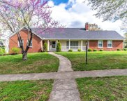 1013 Castleton Way, Lexington image