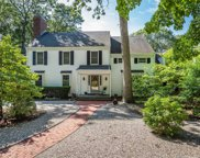 4 Pond Path, Smithtown image