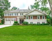 935 Huckleberry Lane, Glenview image