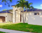 3050 Lakewood Dr, Weston image