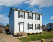 3929 Pinoak View Ct, Louisville image
