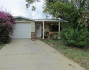 4923 Vision Avenue, Holiday image