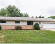 555 Tanglewood Drive, Shoreview image