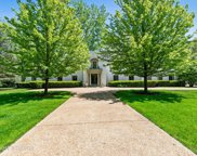 661 Tanglewood Court, Lake Forest image