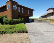 2106 Oceania Dr Nw, Waldport image