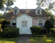 1093 Bay Shore  Avenue, Bay Shore image