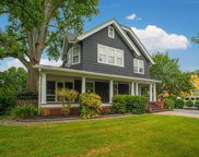 10 Phelps  Drive, Brightwaters image