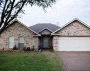 7924 Clear Brook Circle, Fort Worth image
