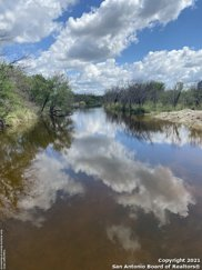 357 Cowboy Spur, Brackettville image