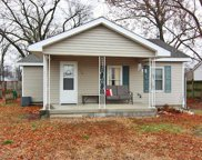 130 Norval, Sikeston image