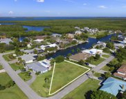 123 Queen Catherina Court, Hutchinson Island image
