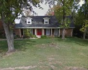 14203 Parliament, Chesterfield image