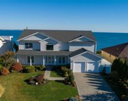35 N Oak Point Dr, Bayville image