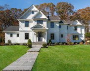 5 Goose Hill Rd, Cold Spring Hrbr image