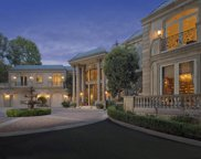 945 FOOTHILL Road, Beverly Hills image