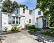 53 Hickory  Lane, Roslyn Heights image