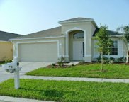 31147 Whinsenton Drive, Wesley Chapel image