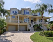 421 Buttonwood Lane, Largo image