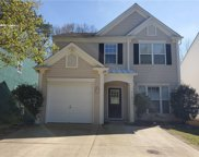 914 Floral Bank Point, Woodstock image
