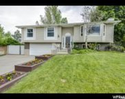 1051 E Oakridge Cir S, Sandy image