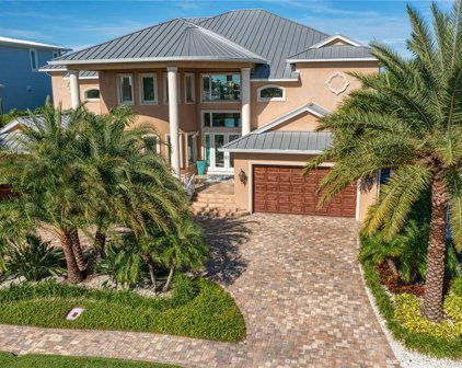 854 Island Way, Clearwater