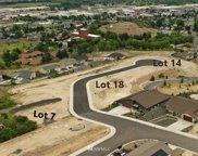 611 Vista Del Sol, Selah image